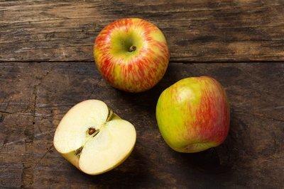Thumb 400 various farms organic honeycrisp apples lb