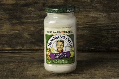 Thumb 400 newman s own roasted garlic alfredo sauce 15 oz